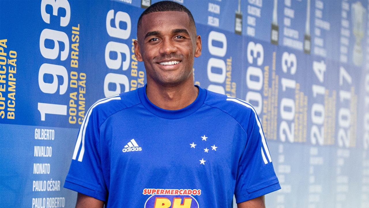 Marllon foi anunciado pelo Cruzeiro