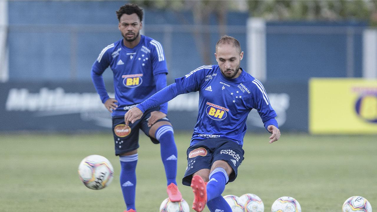 Cruzeiro enfrenta o Guarani