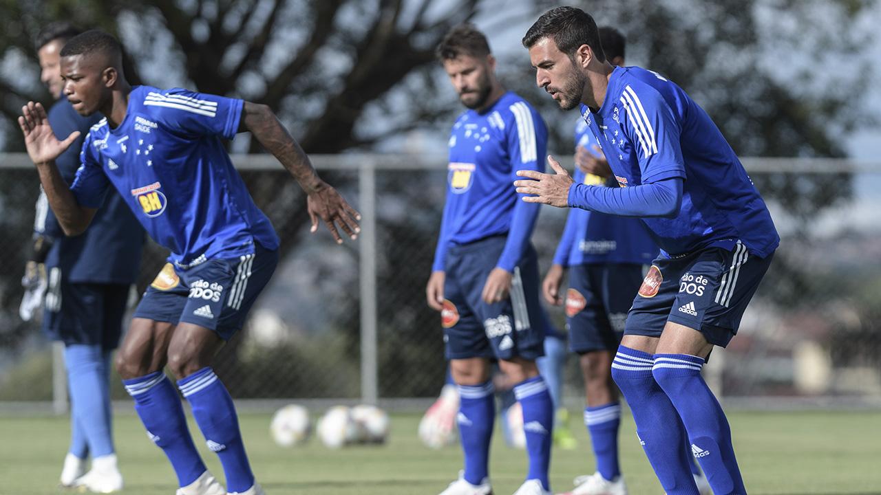 Cruzeiro enfrenta o Figueirense