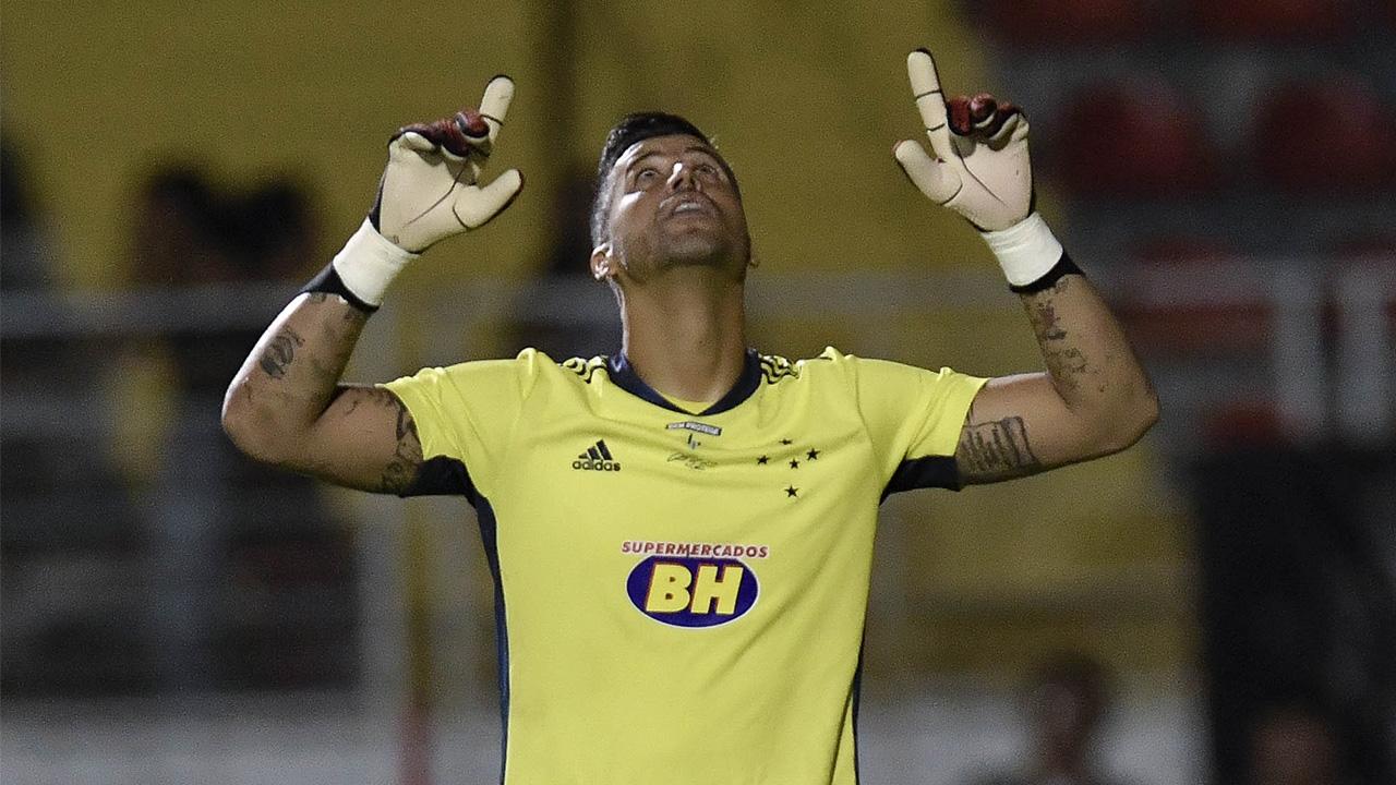 Fábio próximo de renovar com o Cruzeiro
