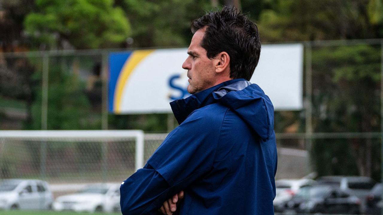 Cruzeiro anuncia saída do Gilberto Fonseca