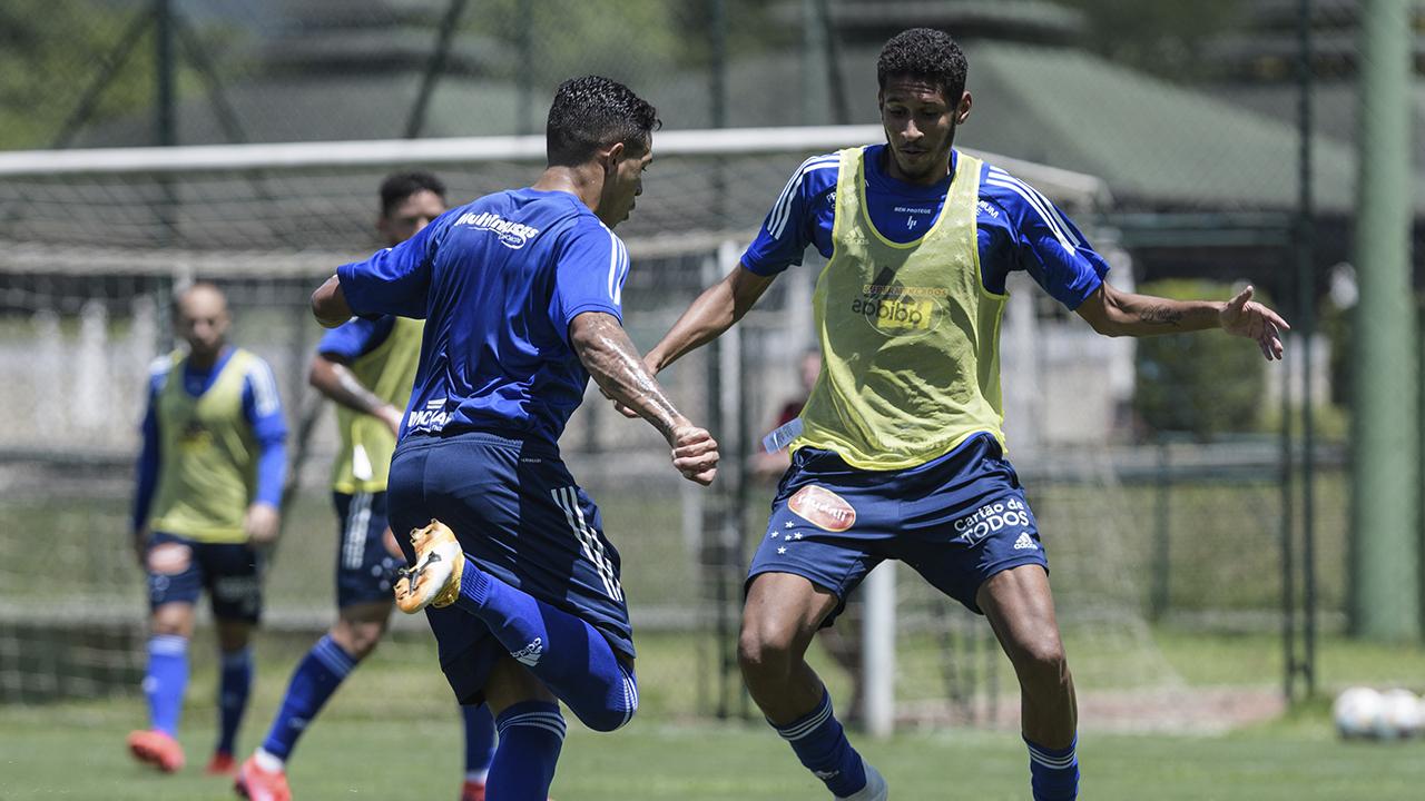 Cruzeiro enfrenta Ponte Preta