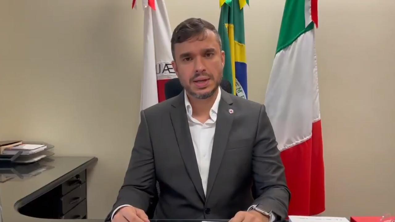 Léo Portela divulga áudio