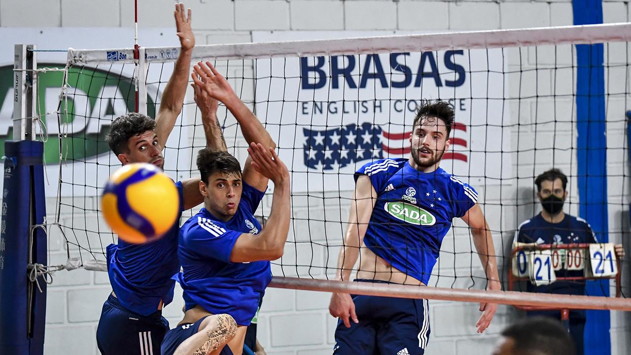 Sada Cruzeiro recebe o Blumenau