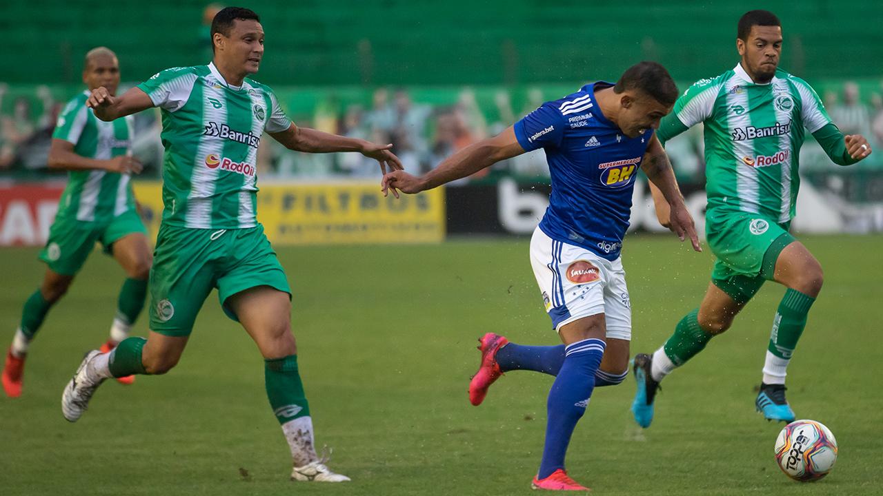 Cruzeiro perde para o Juventude