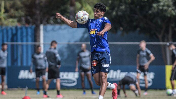Alejandro deixa o Cruzeiro