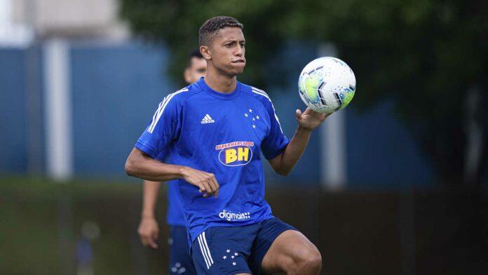 Rafael Santos tem seu vínculo reativado
