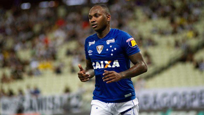 sobre ação contra o Cruzeiro