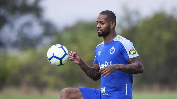 R$ 330 milhões Cruzeiro